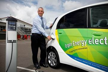 Pluging in an electric vehicle to charge